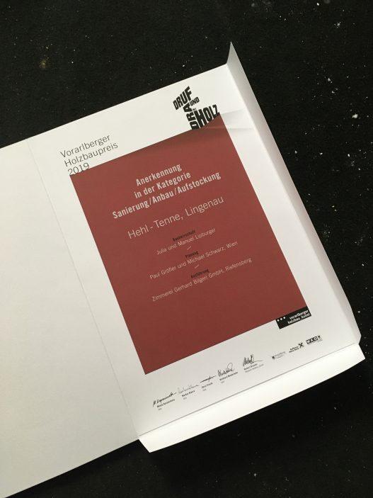 Hehl Tenne Vorarlberger Holzbaupreis 2019 Urkunde OEOOO Architektur